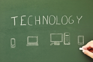 the-5-most-important-questions-to-ask-before-purchasing-technology-for-the-classroom_550x366[1]